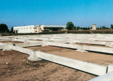 Plinti e collari prefabbricati for Fondazioni per case in legno