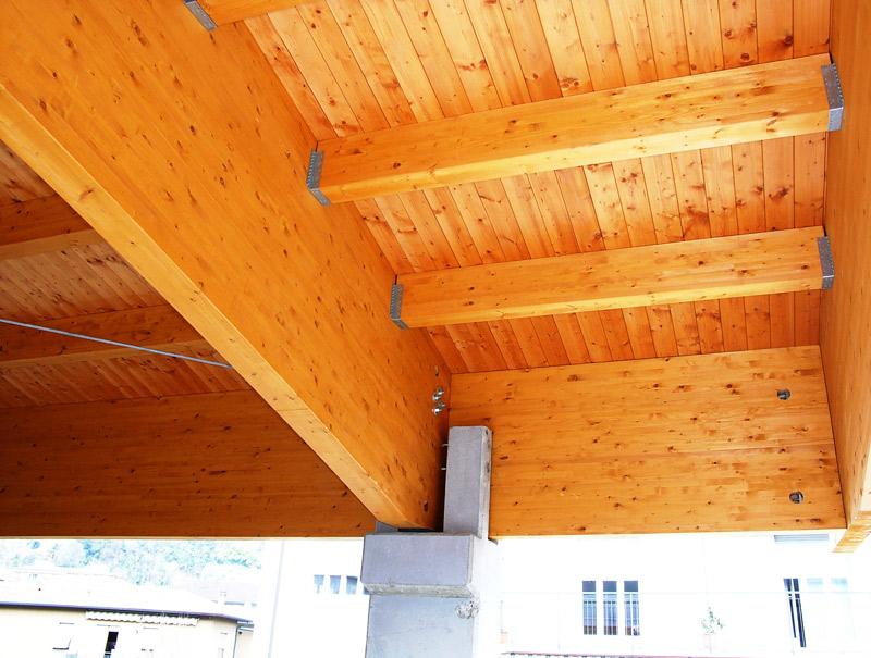 Le nostre coperture in legno lamellare