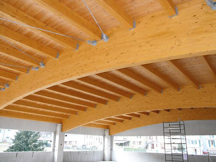 Coperture in legno lamellare: i vantaggi