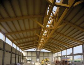 Legno lamellare, perfetto per tetti e coperture