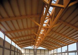 I cinque vantaggi di una copertura in legno lamellare