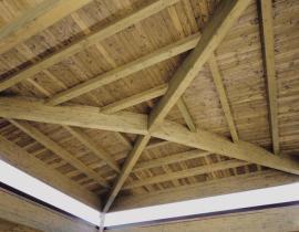 I vantaggi dell'utilizzo di coperture in legno lamellare