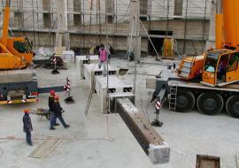 Pilastri prefabbricati in C.A. per edifici mono e pluripiano