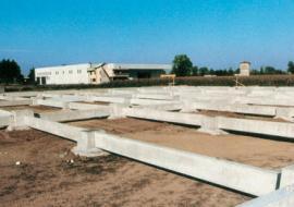 Realizzazione di plinti prefabbricati per l'edilizia industriale